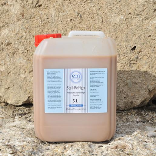 Probiotisches Reinigungsmittel für landwirtschaftliche ZWecke