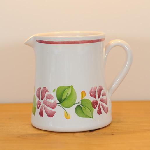 EM-Keramik-Kännchen_Rosenbordüre