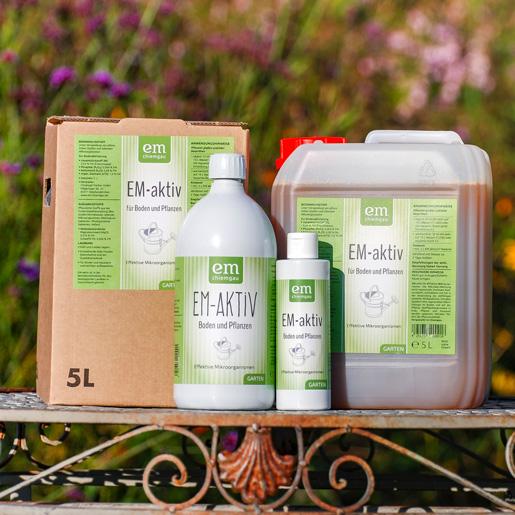 EM-aktiv Boden und Pflanzenvitalisator erhätlich in der 200 ml und 1 L Flasche, im 5 L Gebinde als Kanister und Bag in Box und im 10 L Gebinde in Bag in Box und Kanister